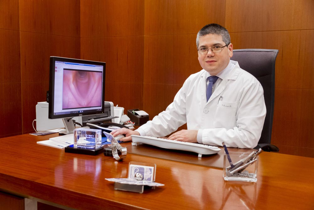Dr. Rafael Hurtado Ruzza Otorrinos Ourense